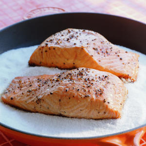 Salt-salmon-rs-640878-l