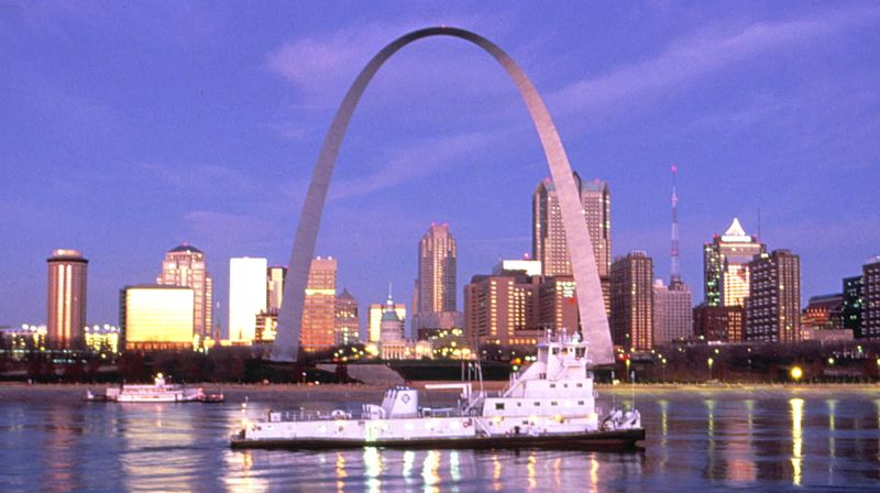 The_arch_in_st_louis_1346000931